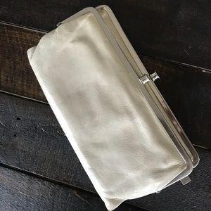 Beautiful cream Hobo Lauren wallet